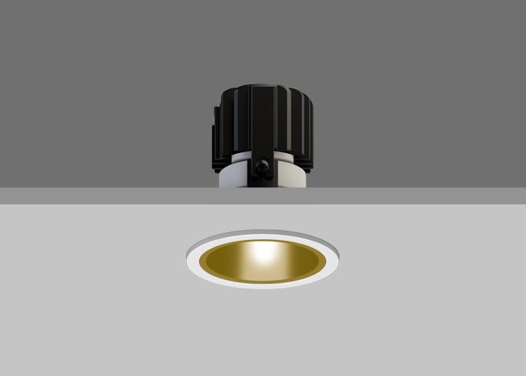 Gold Reflector